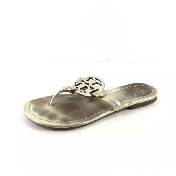 369ace8c7ba0 Tory Burch Miller sandals 6 runs small. M 5b85ef314cdc30ccff893c91